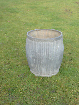 Dolly/Peggy Tub-  Vintage Orig British not Repro. Watertight. Straight Pattern