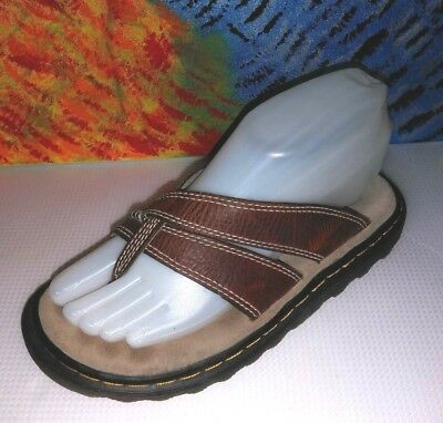 1a726c74b08 DR MARTENS BROWN Leather Thong Sandals 3A84 Mens 4 Women s 5 ...