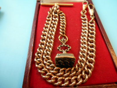 ANIQUE ROLLED GOLD DOUBLE ALBERT CHAIN & SEAL FOB NOT SCRAP 41.8gm