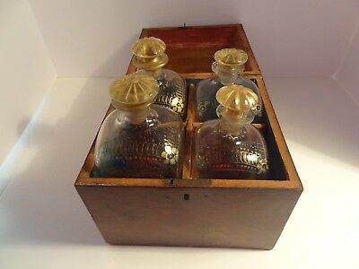 Antique Tantalus Cellarette Mahogany Wood Case  4 Bottles Early 19th cent