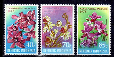 Indonesia - 1975 Flowers / Orchids Sg 1408-1410 MNH - Cat £27