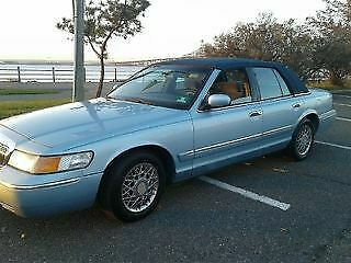1999 Mercury Grand Marquis  Clean One Owner 70k 1999 Mercury Grand Marquis Nice !