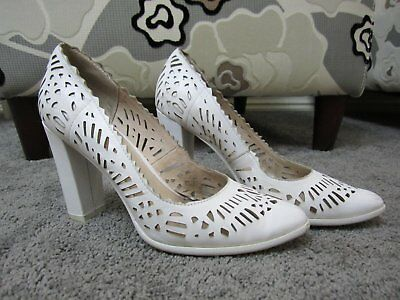 Ladies Wittner Size 38 Heels WEST Style White Leather