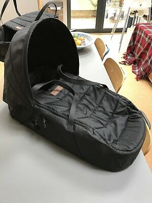 Mountain Buggy carry cot Cocoon Black