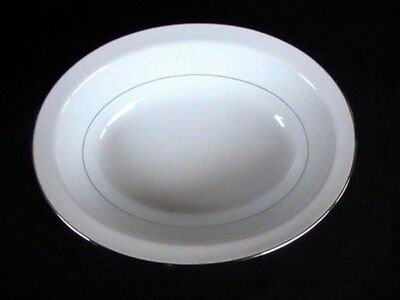 "Noritake Buckingham #6438 10"" Oval Vegetable Bowl White Floral Platinum Trim EUC"