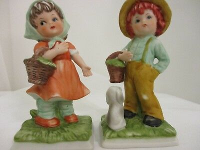 Vtg Pair Of Little Girl & Boy Basket Dog Scarf Straw Hat