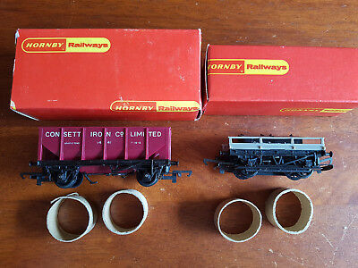 Hornby Goods Wagons X 2 R028 R214 Excellent Condition Boxed Oo Gauge(Ch7)