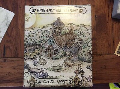 Boyds Bearly-Built Villages #19002 BAILEY'S COZY COTTAGE, From Retail Store, MIB
