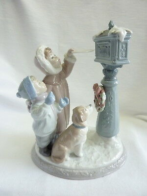 Lladro Holiday Wishes #8010 Large Piece Christmas Kids Dog Great