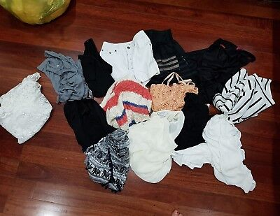 bulk lot of ladies size XS and S, 8 clothes