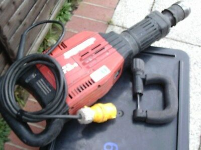 Hilti TE905-AVR Heavy Duty Breaker