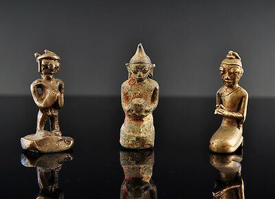 Buddha presentation of the bowls, Bronze, Burma (Myanmar), Asian art, 19th c.