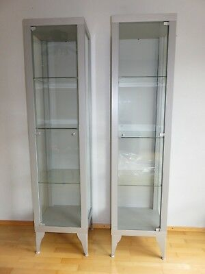 2x glasvitrine ikea nartorp in silber vitrinenschrank sammlervitrine eur 15 00 picclick de. Black Bedroom Furniture Sets. Home Design Ideas