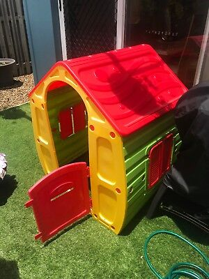 Outdoor toy cubby house playhouse from bunnings