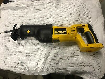 Dewalt 18 Volt Reciprocating Saw. Dc385. Works Perfectly. Very Good Condition