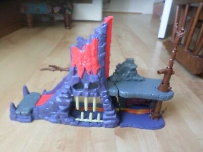 Just Play    Disney  The Lion Guard  Hyena's  Hide out  Playset
