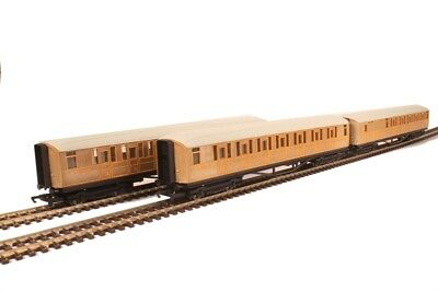 Hornby R1183coaches LNER Teak Coaches - Unboxed - Pack of 3 - Aust Warranty