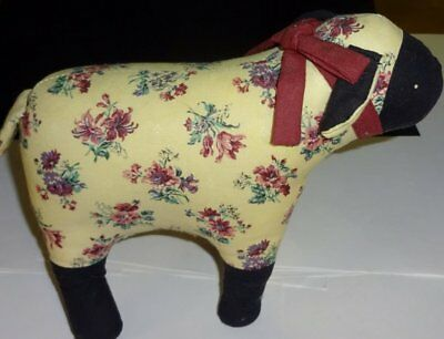 "New Hand Made "" Baby Lamb / Sheep "" Quilted hand sewn collectible Animal"