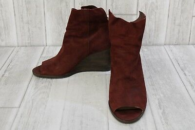 87b7f4065bd LUCKY BRAND URBI Ankle Boots