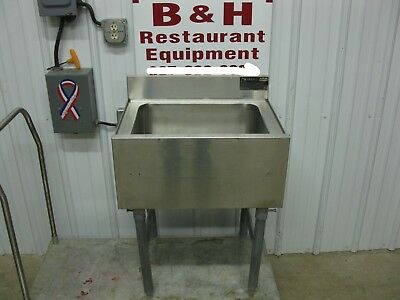 "Eagle 24"" Stainless Steel Under Bar Ice Box Well 2'"