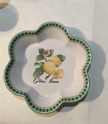 """NWT Villeroy & Boch French Garden Charm 10"""" Serving Fluted Bowl NWT"""