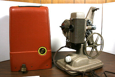 8MM Film MoVie Projector Revere 85