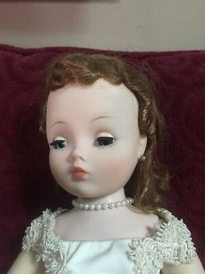 "1950's Vintage Incredible Face on this 20"" Madame Alexander Cissy Royalty Bride"
