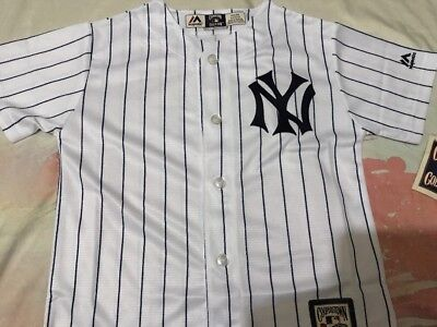 Youth Majestic Cooperstown NEW YORK YANKEES white Jersey - Youth Small, New
