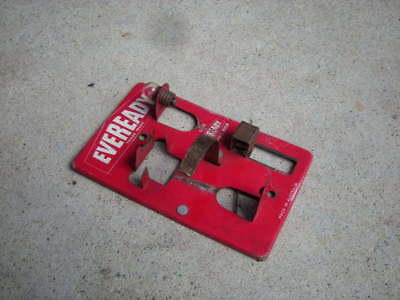 Vintage EVEREADY Battery, Bulb Wall Mount DISPLAY? Australia - Advertising...