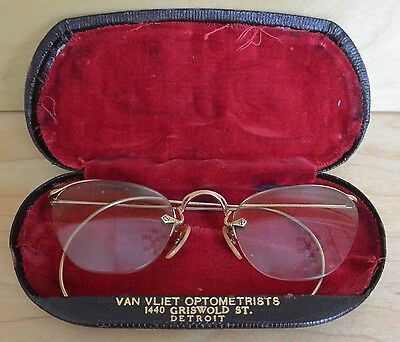 True Vtg B&L Eye Glasses 1/10 12kgf Gold Filled Wire Frame Semi Rimmed Specs Men