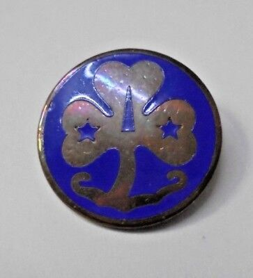 Girl Guide,  Promise Badge Metal