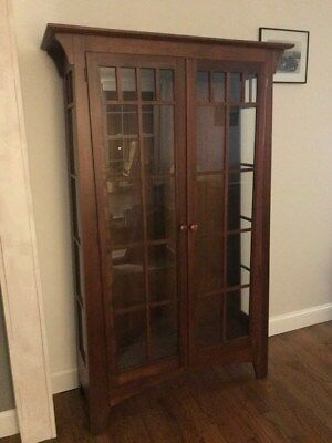 Ethan Allen American Impressions Solid Cherry Mission Style Curio  China Cabinet