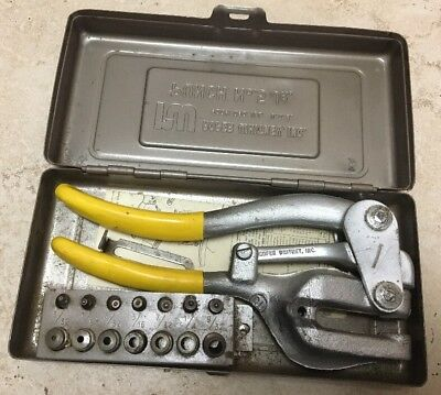 Vintage ROPER WHITNEY Hand Sheet Metal Punch No. 5 Jr w/ 7 Punches/Dies & Box