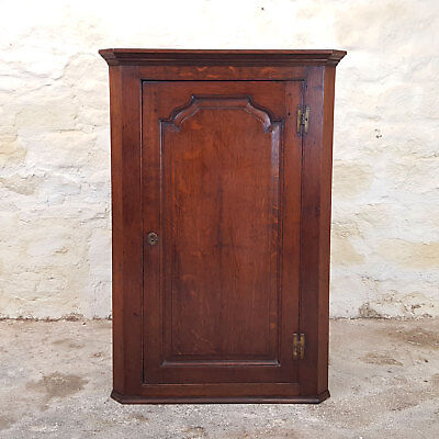 Georgian Oak Wall Hanging Corner Cabinet - C1800 (George III Antique)