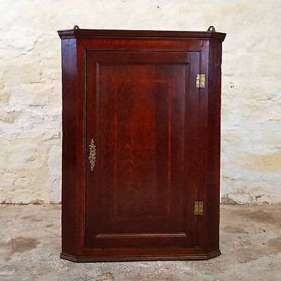 Georgian Oak Crossbanded Wall Hanging Corner Cabinet C1800 (George III Antique)