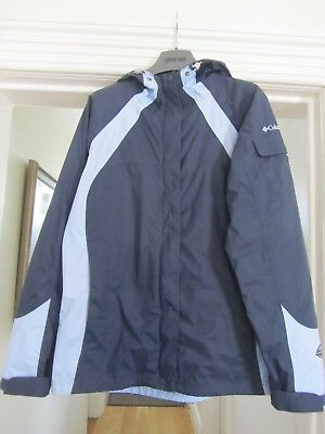 Columbia Women's Rain Jacket - Small