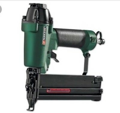 Ferm Pneumatic Air Stapler ,Staple And Nail Gun