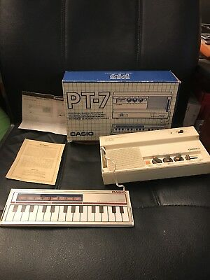 WORKING Casio PT-7 ELECTRONIC MUSICAL INSTRUMENT polyphonic touch keypad Vintage