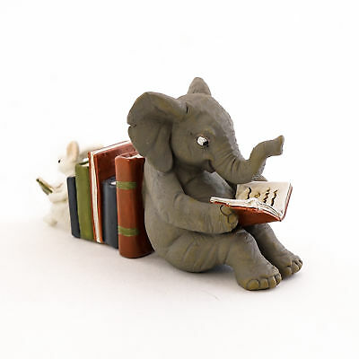 Fairy Garden Mini - Elephant and Bunny Reading Together