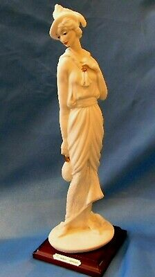 "Giuseppe Armani Florence Figurine lady with bag art 0412-F made in Italy 11""H"