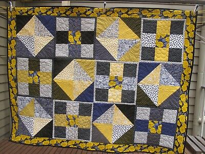Handmade patchwork quilt - Sunflowers, Double bed topper, wool batting