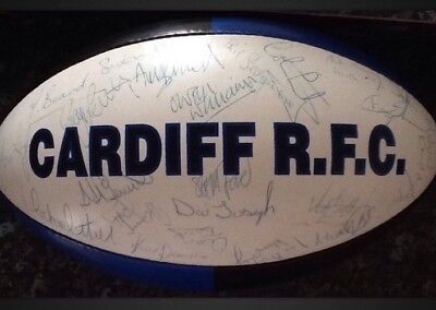 CARDIFF BLUE & BLACKS R.F.C RUGBY BALL Autographed By The Team In 1992 1993