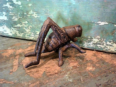Brown Cast Iron Grasshopper Insect Home Garden Yard Lawn Outdoors Patio Decor