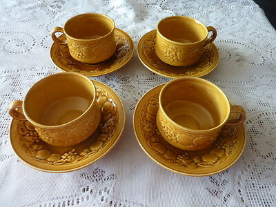 ROYAL WORCESTER CROWN WARE ENGLAND CUP SAUCER DUO X 4 1960s CERAMIC