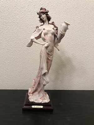 "giuseppe armani figurines collectibles ""Lady With Jar"""