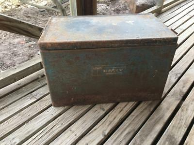 Vintage Retro Large 'malleys'  Metal Tin Esky - Rare - Great Collectable
