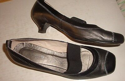Ladies Shoes-40-Zoe Wittner Design Black Grey  Leather Closed Toe Back Heels-Vgc