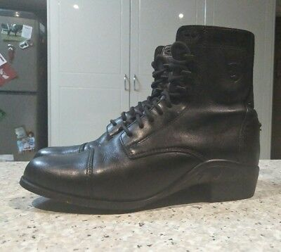 Ariat lace up paddock boots black size 7.5