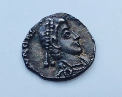 Unresearched Ancient Roman silver Siliqua coin, 12 mm, .7 grams.