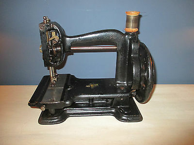 Very rare early antique cast iron white Gem sewing machine 1880's